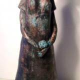 naemi-bure-patinerad-kvinna-m-hatt-o-blomma